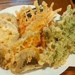 美家古家 - 野菜天(5点盛り) ¥420