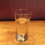 しろう - グラスの冷酒