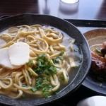 Hanakina - 炙りソーキそば 690円