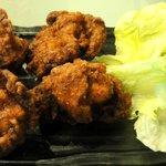 美味卯 - 鶏の唐揚げ ¥390 (夜の値段です)