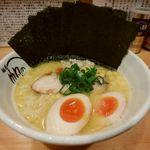 麺屋 帆のる - 鶏白湯ラーメン+味玉+海苔