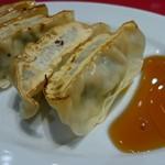 中華厨房 寿がきや - 定食の餃子