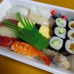 奥寿し - 料理写真:握り(中)1.5人前