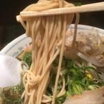 たかばしラーメン - 中細ストレート麺