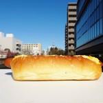 コトリパン - スクランブルエッグのホットドック