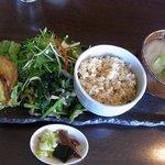 穀菜健美 cafe - 週代わりランチ