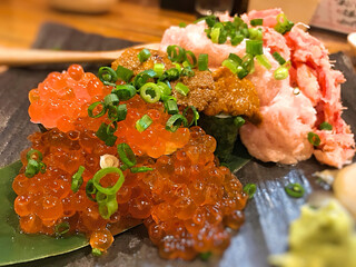 漁十八番 - こぼれ寿司