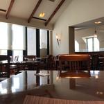 ベーカリーレストランサンマルク - 中の雰囲気