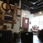 ブリキボタン CAFE&DINING - 可愛い店内