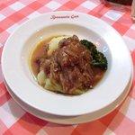 ブラッスリー・グー - メニューA 1080円 の黒豚バラ肉の赤ワインビネガー煮込み