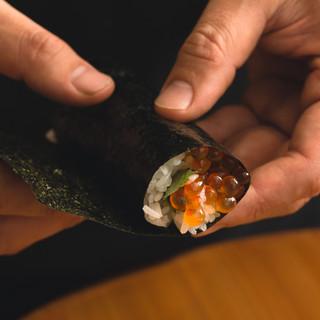 炙りたての高級海苔で味わう海苔手巻き