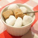 ブラッスリー・グー - カプチーノ 540円 の角砂糖