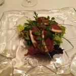 リストランテ カッパス - 自家燻製鴨生ハムのサラダ
