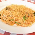 イタリアンバルパステル - スモークサーモンのトマトクリーム(L)