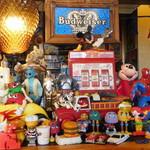 カフェ マチルダ - 店内の装飾