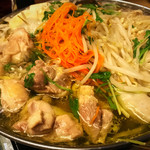 61305258 - 麓鶏つくねともも肉の塩ちゃんこ鍋