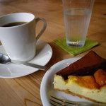 森のカフェ - 【2010.11】 ケーキセット(600円)