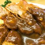 洋食 ZORO - お肉はジューシー