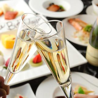 ランチ&ディナーで各種パーティーご予約受付中!