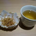 鎌倉長谷 栞庵 - お茶と揚げ蕎麦