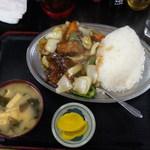 キッチンあべ - 酢豚ランチ(大盛)