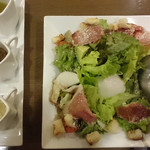 カフェマノワール - 生ハムと半熟玉子のサラダ