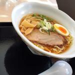 ラーメン 福栄 - 醤油ラーメン900円