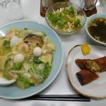 鴻昌 - 料理写真:海鮮中華丼¥850-