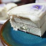 ダニーズレストラン - ケーキ