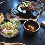 鷹山公 - (2017-1-17) ハンバーグ定食