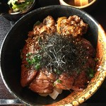 鷹山公 - (2017-1-17) 限定20食の「うし丼」