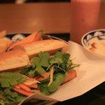 バイン・ミー 70 - ブランジュリタケウチのパンを使ったベトナムサンドイッチです。