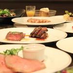 熟成肉×Bistro OGINO - 当店のコース料理は席料もかからず、お得になっております。