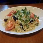 ハンバーグレストラン葦 - 帆立と野菜のガーリックパスタ(750円)