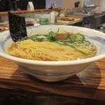 ラーメン 青 - 丼の形状
