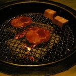 牛角 - 牛タン塩とベーコン