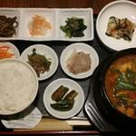 韓国家庭料理 ととり - ととりランチ¥900