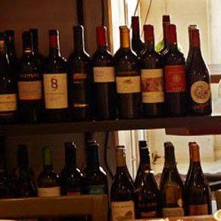 お食事と一緒にワインもどうぞ