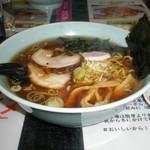 ハウメン - 醤油ラーメン+鶏からあげセット 800円