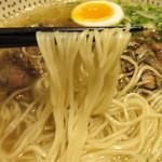 金菜亭 - 麺には、アーモンドとタピオカが練り込まれてあるらしいです。