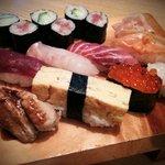 金寿司 - にぎり(牡丹)