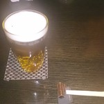 すし仙 - まずはビールで・・・