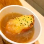 ミバショウ - オニオングラタンスープ