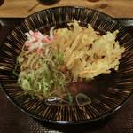 嵯峨谷 - 天ぷらそば400円
