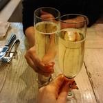 トラットリア・ダ・フェリーチェ - 乾杯ドリンク(スパークリングワイン)