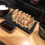 餃子の山 本八幡 - ランチの餃子定食(^∇^)
