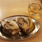 大厚岸 - 生牡蠣&白ワイン