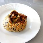 トリーゴ - 牛蒡サラダ・胡麻パン¥151
