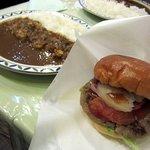 6139886 - ハンバーガー&ミニカレーライス、1000円