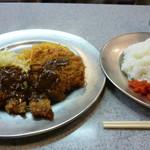 グリルSano惣 - 牛カツコロッケ定食